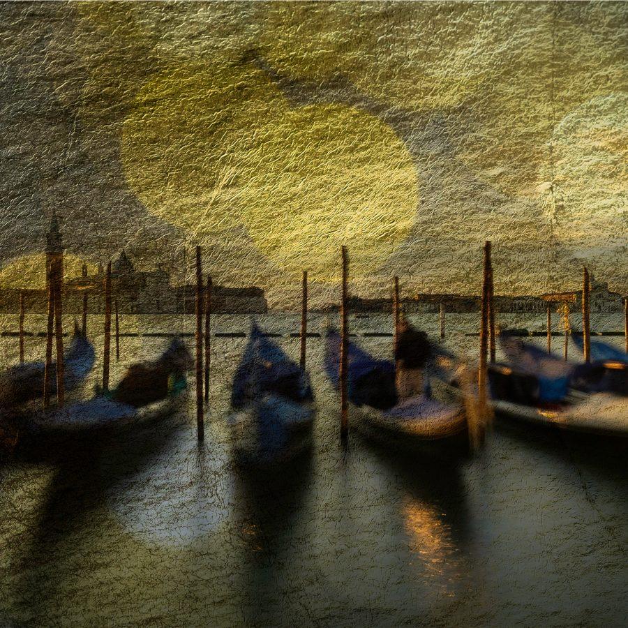 moonlight-venice-gondolas-san-giorgio-maggiore-church-moored