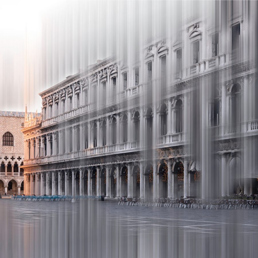 architectural-grey-blurred-st-mark's-square-venice-sunrise