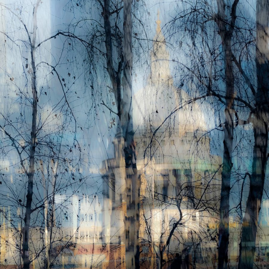St-Paul's-cathedral-London-landmark-winter-scene